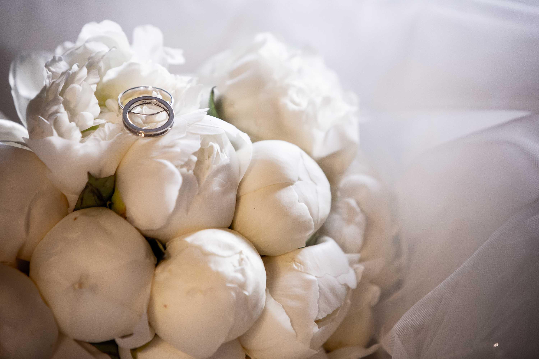 fedi nuziali bouquet